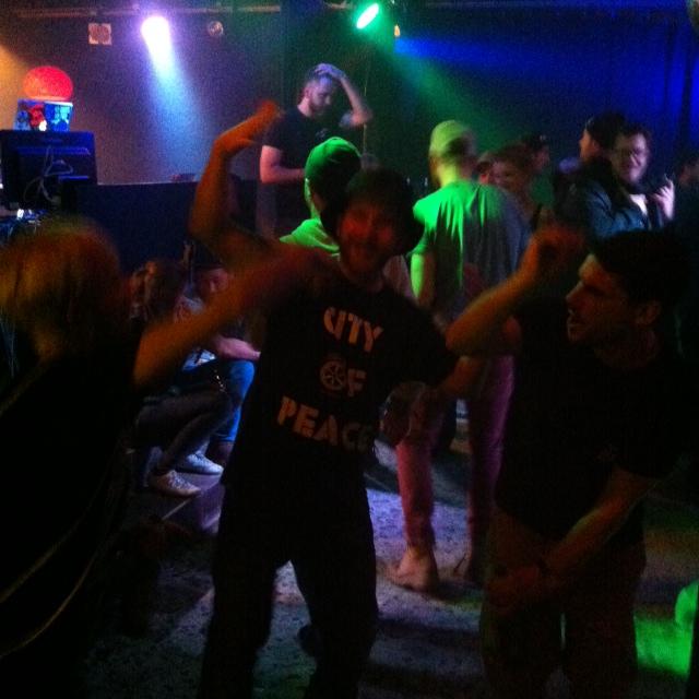 Daniel Labude vom Titus Osnabrück auf dem Dancefloor der Kleinen Freiheit