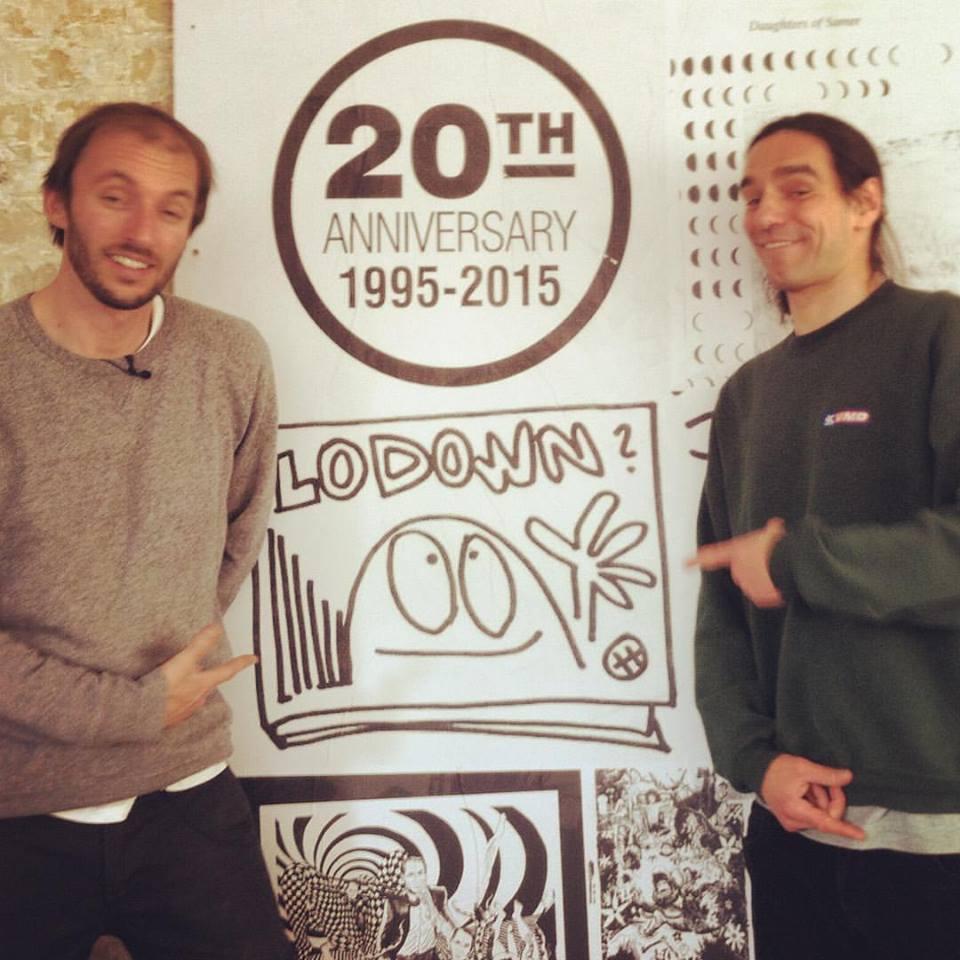 Lodown Magazine Gründer Thomas Marecki aka Marok und Lorenzo Taurino vom Gude Zeit Heft bei der Release-Sause der 100. Ausgabe