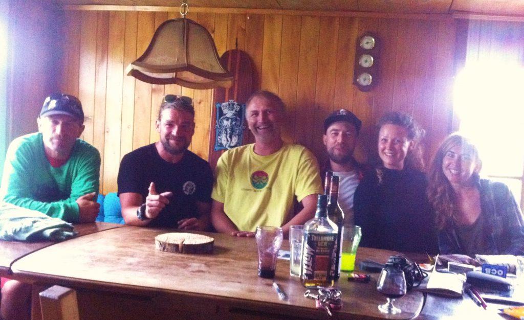 Die Jungs vom Skateshop Konstanz (Frontline) haben diese grandiose Berghütte für 5 Jahre gepachtet! Prost, Leude, auf euch und grazyeah für die Gastfreundschaft, Nina und Lorenzo